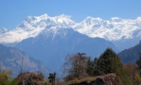 manaslu trekking places
